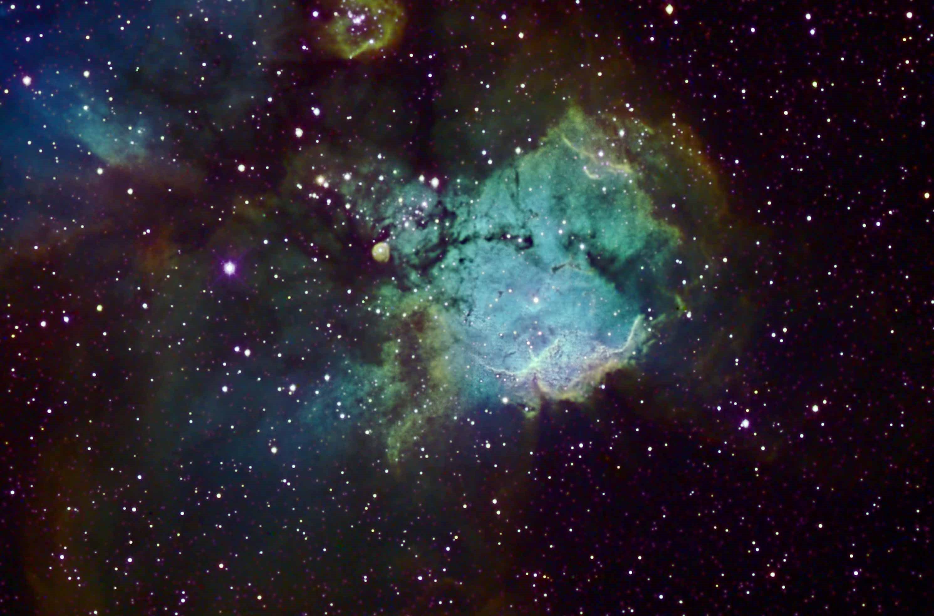 NGC 2467 - Wikipedia