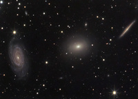 Three Galaxies in Draco  by Stefan Heutz, Wolfgang Ries, Cord Scholz