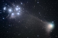 COMET MACHHOLZ and M45 by ALLABOUTASTRO.com