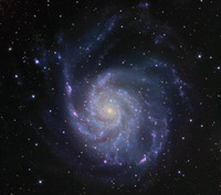 Messier 101 Spiral Galaxy by Ken Crawford
